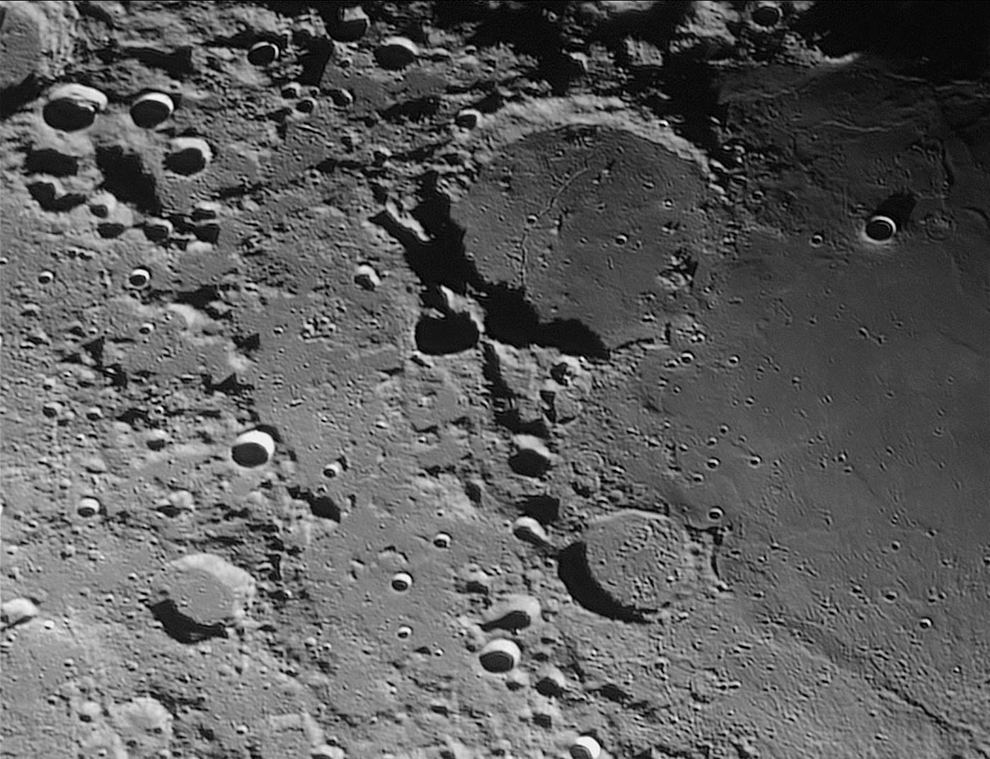 historia de la luna 1